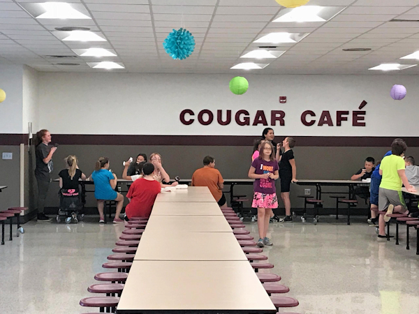Students in the Cougar Cafe